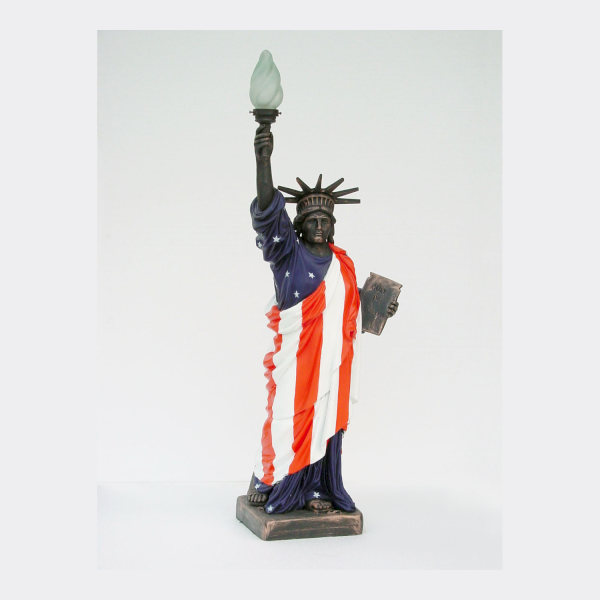 alba-shed-dinosaurs-direct-lifesize-models-life-sized-replicas-model-Statue of Liberty American Flag- Lifesize-Replica-Model